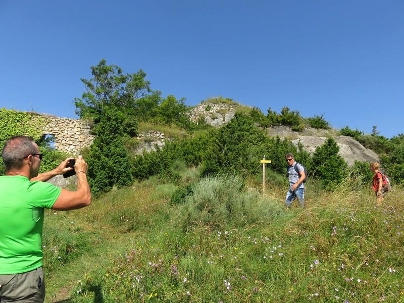 Les Ruines du Chateau de Montferrer Img_2215