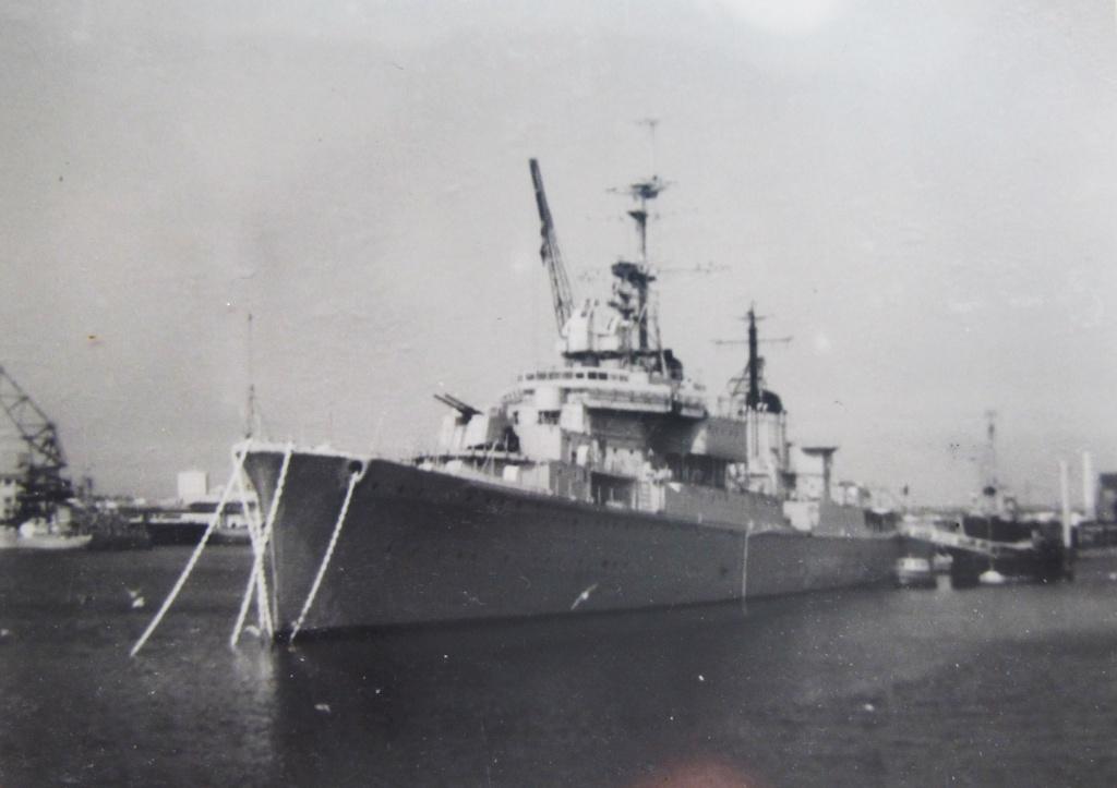 [Les ports militaires de métropole] Port de LORIENT Fusco_10