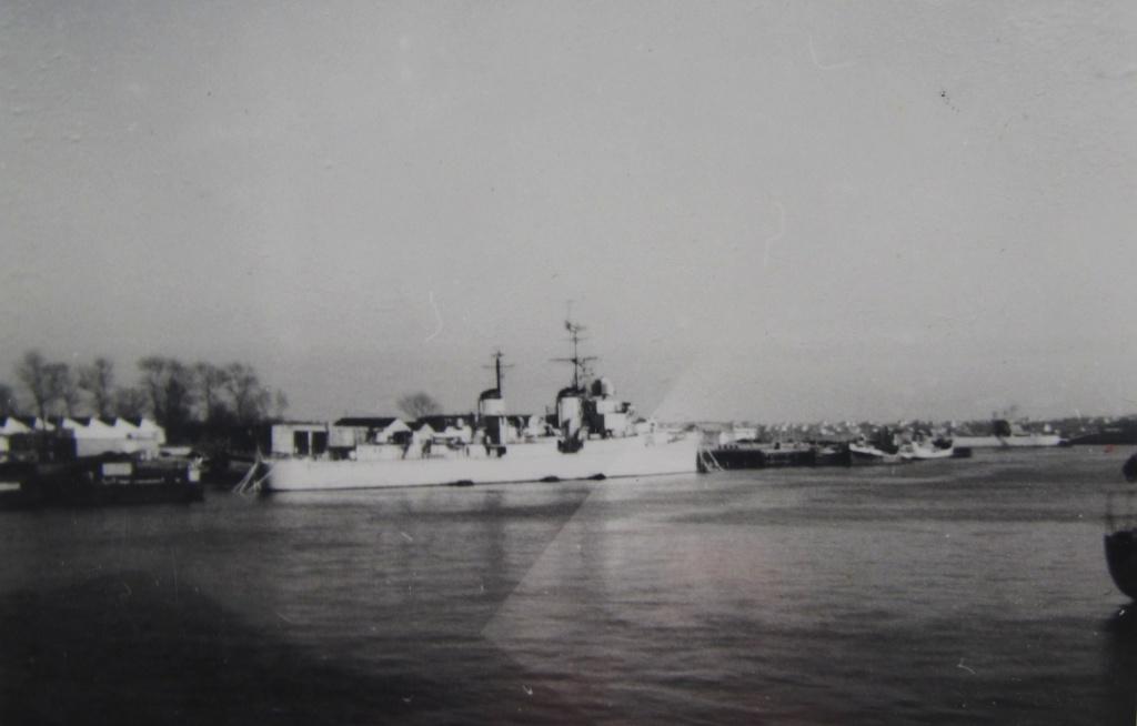 [Les ports militaires de métropole] Port de LORIENT Fusco_13