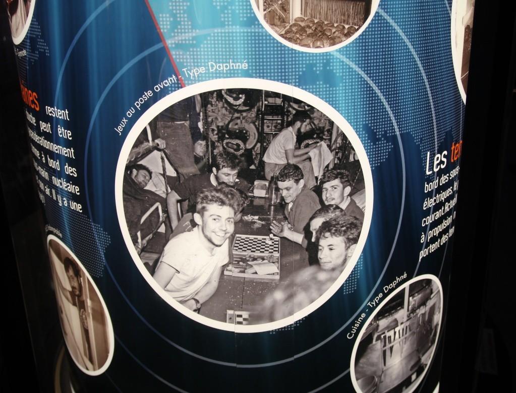 [Les Musées en rapport avec la Marine] Sous-Marin  Flore - Page 11 La_flo18