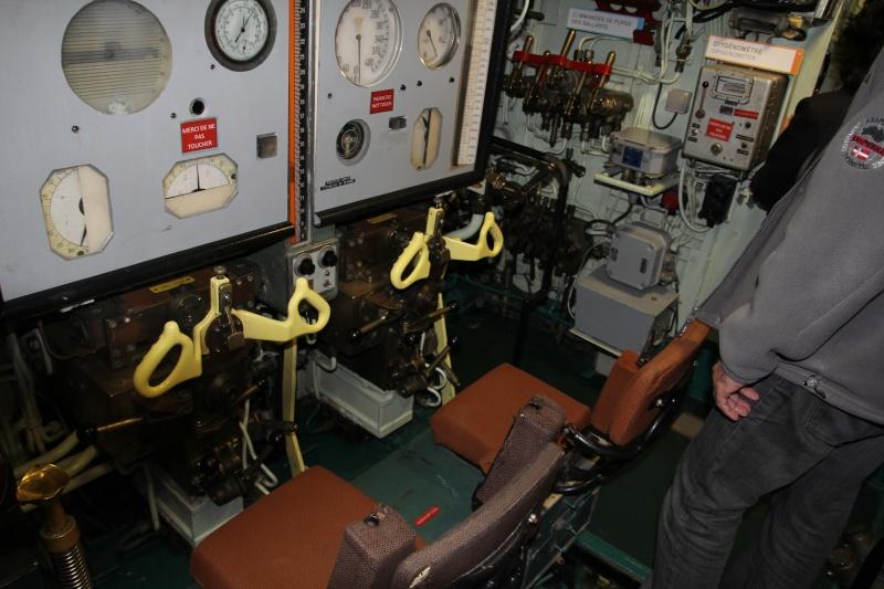 [Les Musées en rapport avec la Marine] Sous-Marin  Flore - Page 11 La_flo26