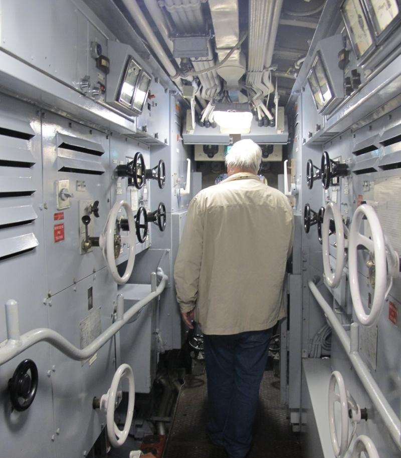 [Les Musées en rapport avec la Marine] Sous-Marin  Flore - Page 11 La_flo34