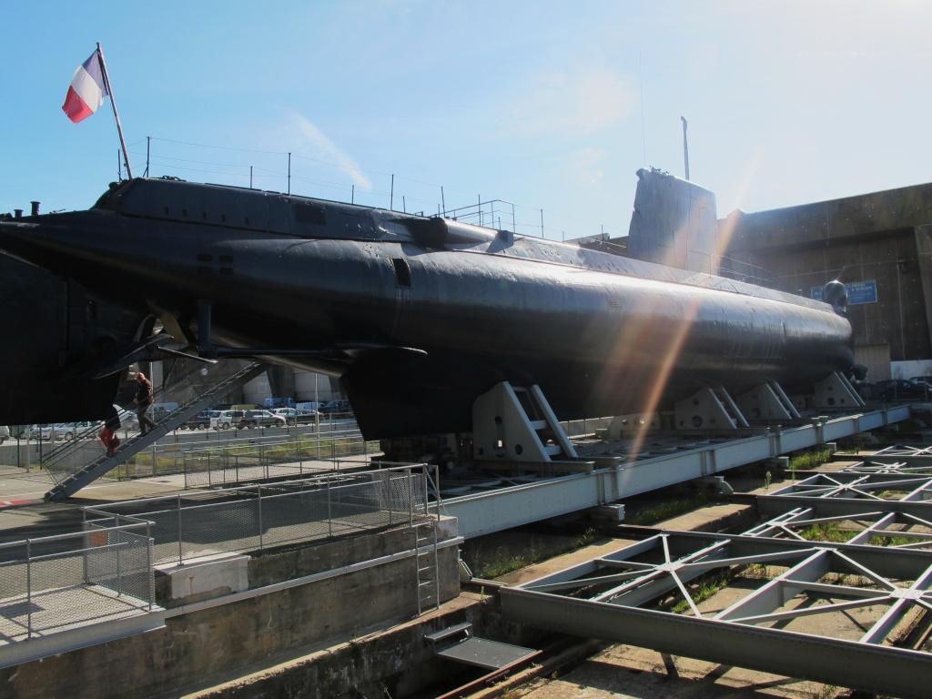 [Les Musées en rapport avec la Marine] Sous-Marin  Flore - Page 11 La_flo42