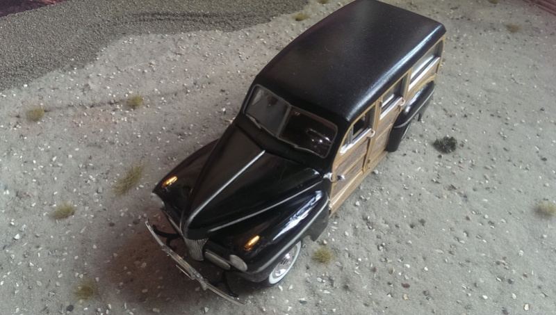 '41 Ford Woody Stock von amt/ERTL in 1:25 Imag2237