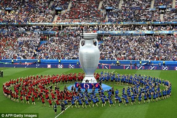 EURO 2016 - Page 2 14681710