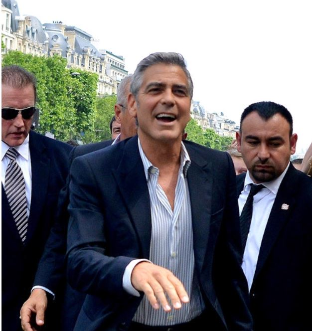 Paris in store Event for Nespresso with George Clooney - Page 2 Nespre11
