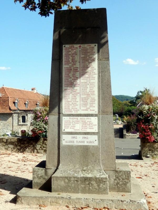 [Histoires et Histoire] Monuments aux morts originaux Français Tome 1 - Page 30 Nuages15