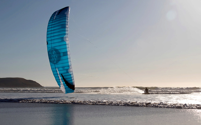 Flysurfer Speed 5 21.0 m² Allez la bleue .... Fs_spe10