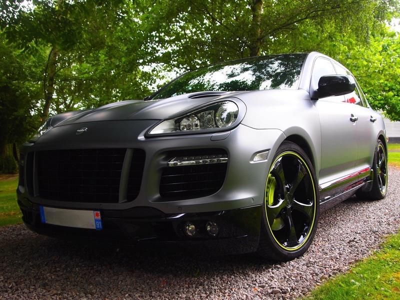 [Shooting] Porsche Cayenne Turbo Techart - Page 2 P1013336