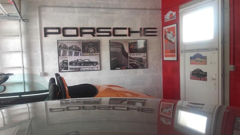 La déco de ma Porscherie progresse ... - Page 5 Poster10
