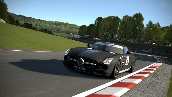 Neniko_18 se proclama campeón de la última Temporada de Gran Turismo 6 en CGC Titulo10