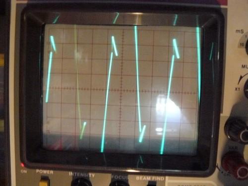 [Réalisation] Sonde différentielle pour oscilloscope Montag12