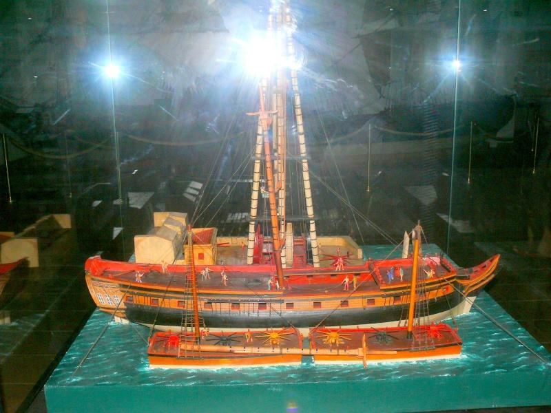 Musée de la Marine de Toulon Maquettes Grue_a13