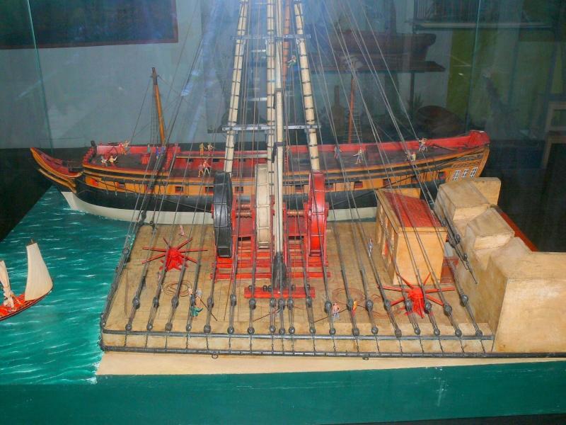 Musée de la Marine de Toulon Maquettes Grue_a14