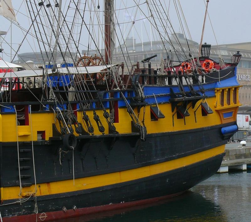 L'ETOILE DU ROY ex GRAND TURK à quai à SAINT MALO L_eto115