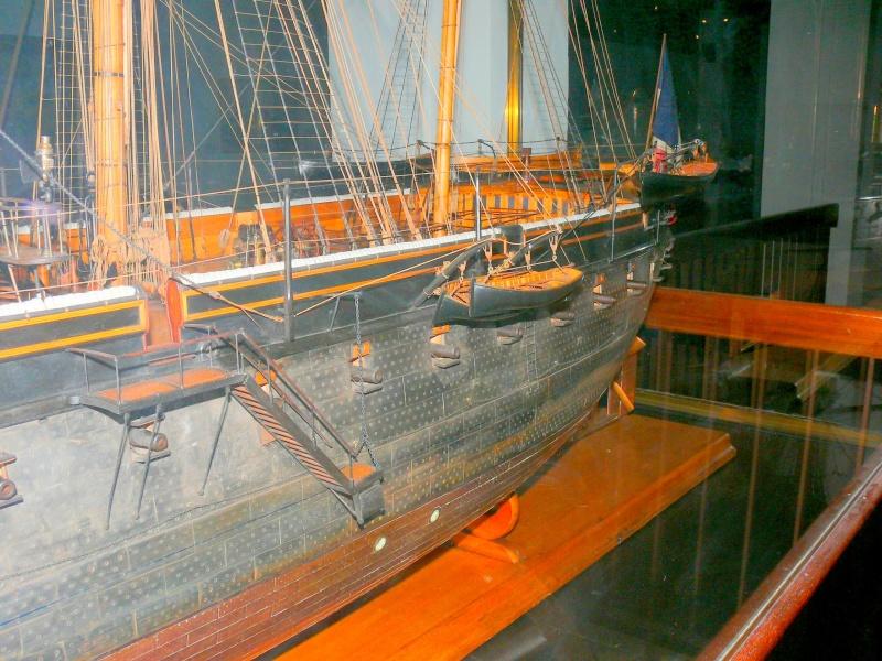 Musée de la Marine de Toulon Maquettes La_fla28