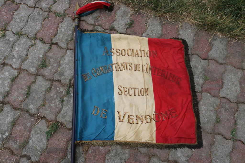 Drapeau association anciens combattants  Img_2222
