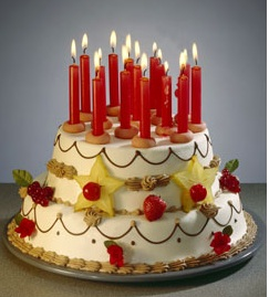 Kurt hat Geburtstag... Torte110