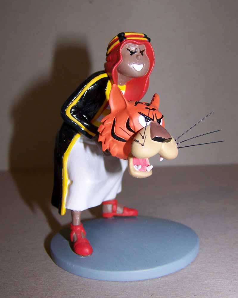 mise en peinture de figurines Tintin - Page 4 100_3224