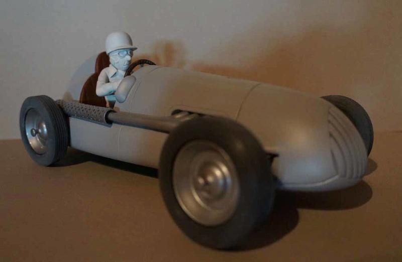 """la Maserati de """"Spirou et les héritiers"""" - Page 8 Dsc00331"""
