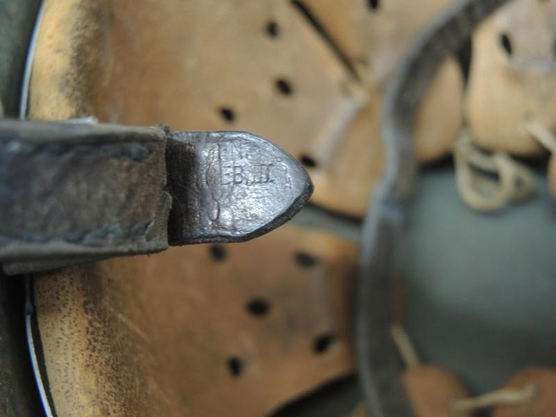 La jugulaire du casque allemand Dscn3325