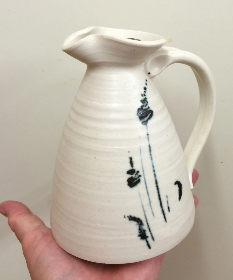 Jug with MD mark - Mandy Parslow? Image346