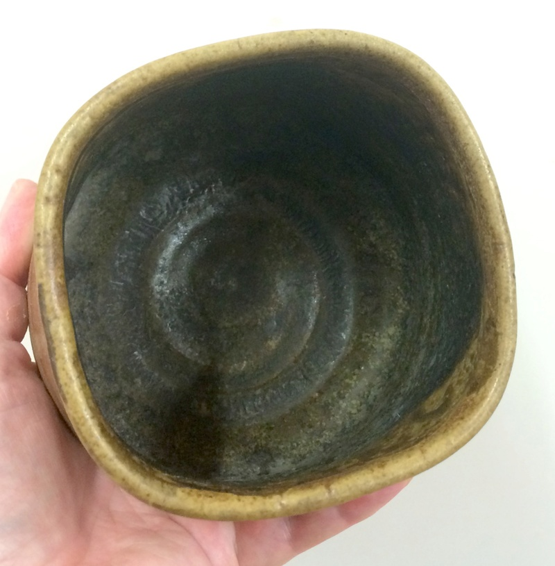 Squared off bowl Image391