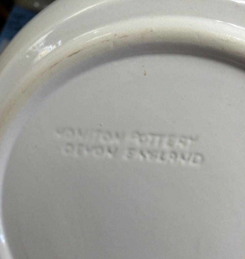 Honiton Pottery (Devon) Image507