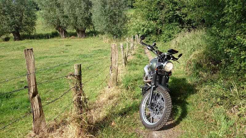 Une Harley avec la GS c'est possible ?  - Page 2 Dsc_0310