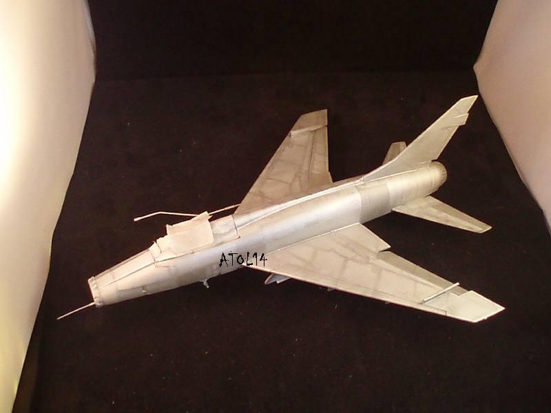 North American F100-D  ESCI 1/48 P1010151