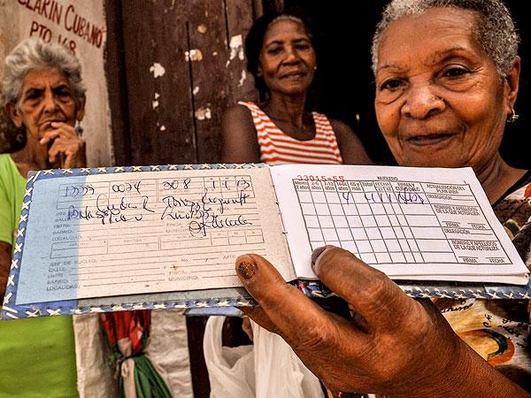 La libreta de racionamiento cumple más de medio siglo en Cuba 11-de-10