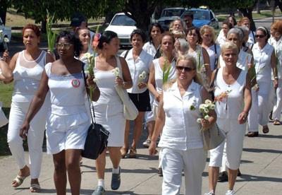 Las Damas de Blanco y las sanciones contra Cuba 400_da10