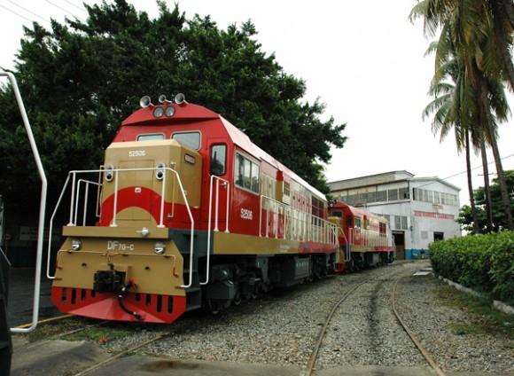 Realidades y perspectivas del transporte de pasajeros en Cuba Locomo10