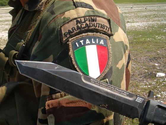 Rome refuse de confirmer la présence des forces spéciales italiennes Italie10