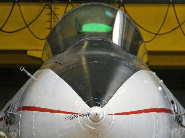 [Aviation - Histoire] 30ème anniversaire du 1er vol du Rafale - 4 juillet 1986 Dscf1210