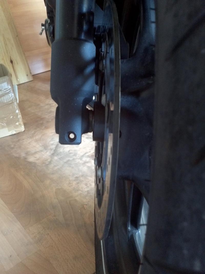 Pb Vis support moteur et serrage de fourche 2012-010