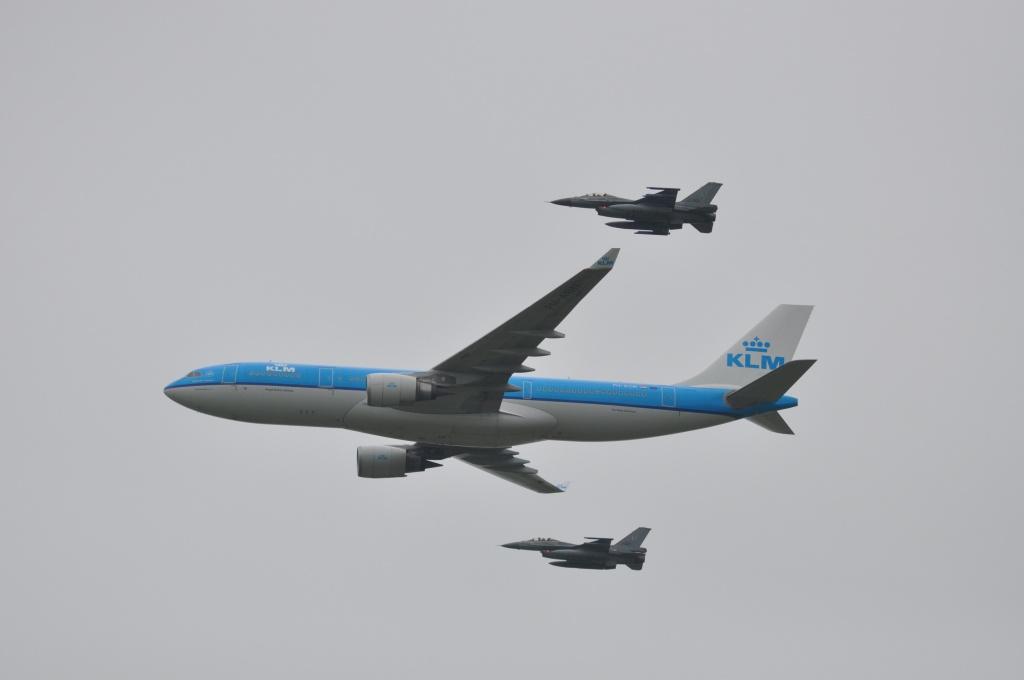 DEBRIEFING MEETING Luchtmachtdagen 2016 Leeuwarden Dsc_0019