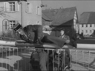 Allez coucher ailleurs ! (I Was a male war bride) de Howard Hawks 1949 Couche20