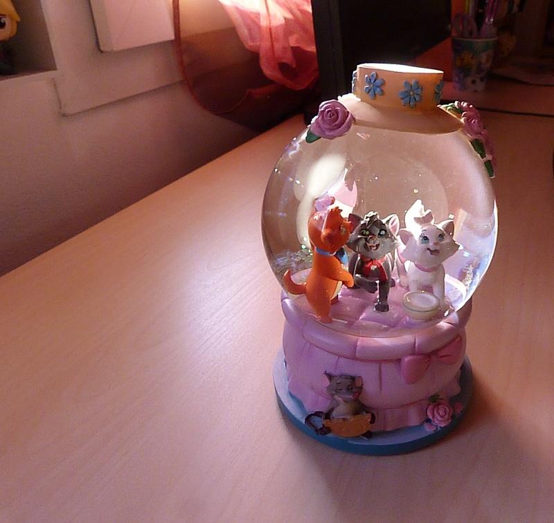Les Snowglobes - Boules à neige Disney P1480710