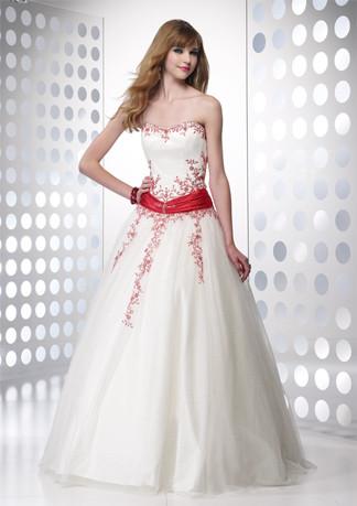 Vestidos de 15 anos – Tendências 2013  Vestid10