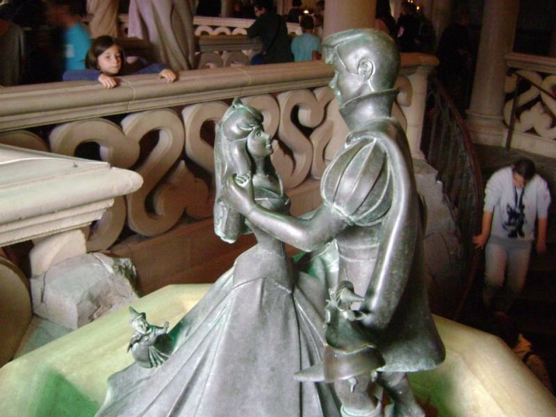 Connaissez vous bien Disneyland Paris? - Page 18 21566610