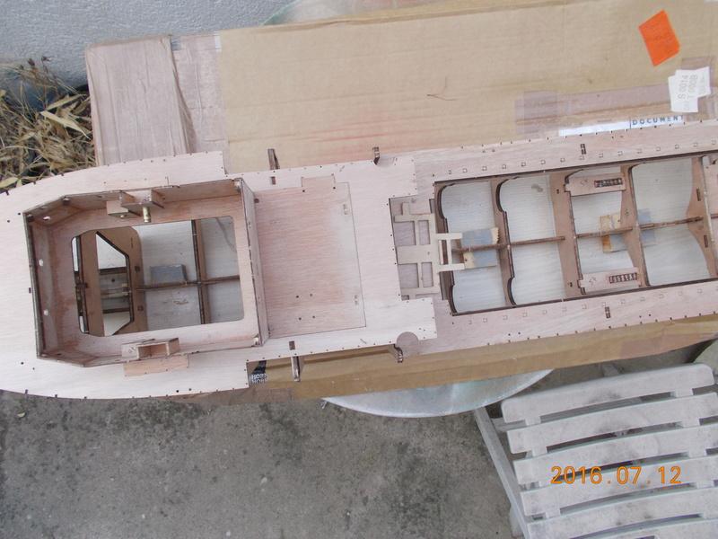 fairmount alpine 1/78 billing boat Dscn0320