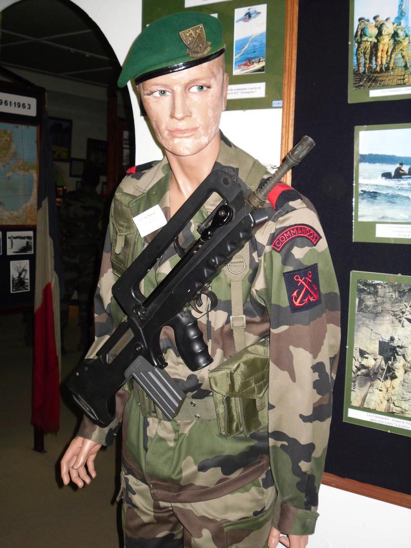 [Fusiliers ] Musée des fusiliers à Lorient 01810
