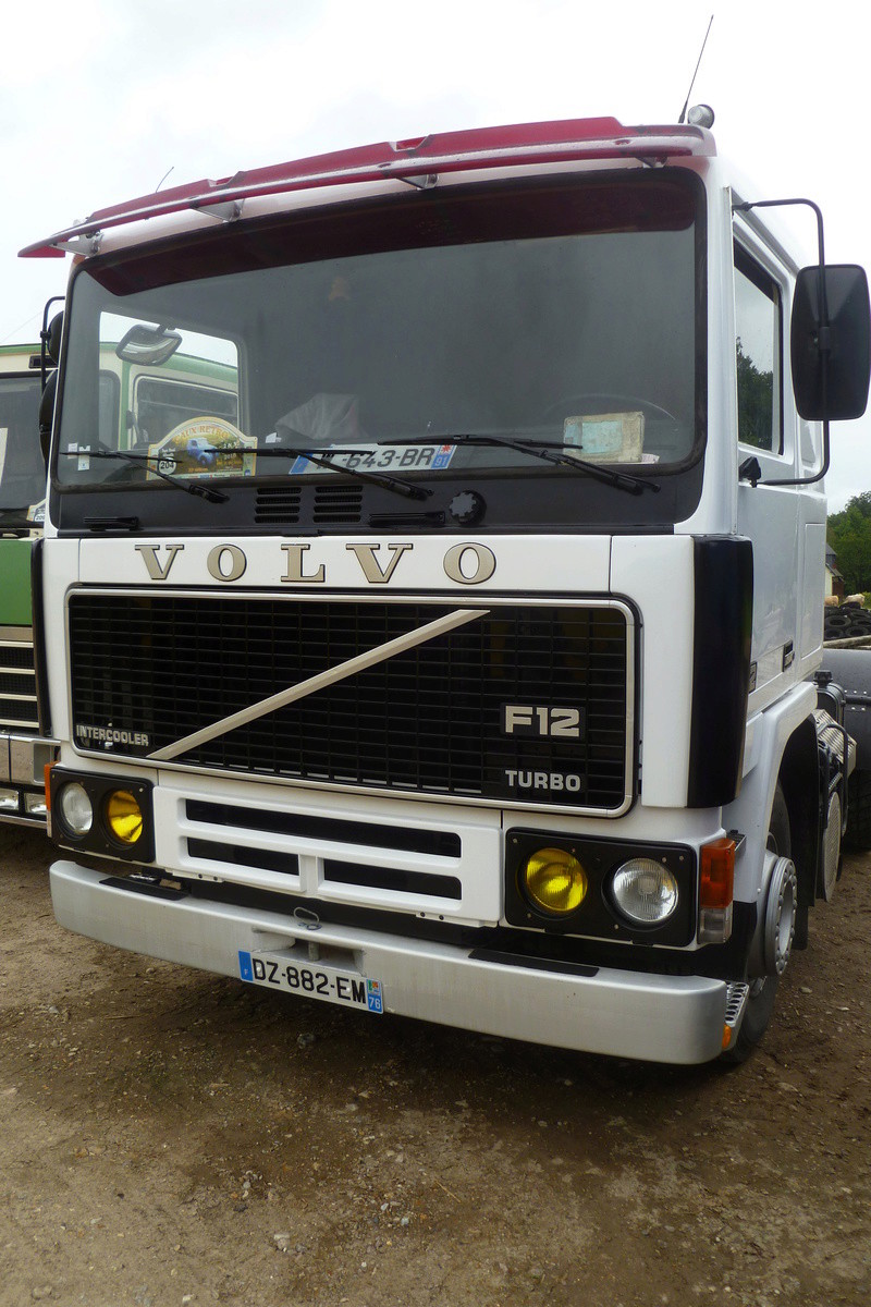 Volvo F 10,12 et 16. - Page 5 04411