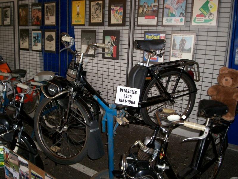 MOTOS - SOLEX - VELOS - SCOOTERS - CYCLES DE TOUTES ESPECES  1_36810