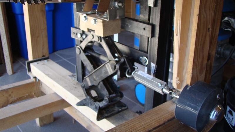 Table de scie avec axe et defonceuse Dsc03112