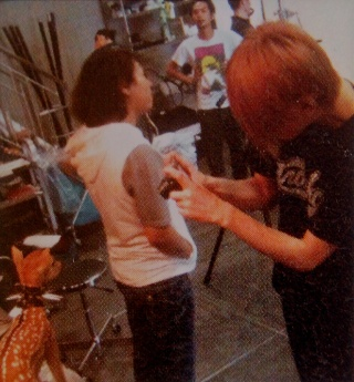 LM.C / Zookeepers [NEO Genesis - Zoom Up!! 2010] translation Aijips12
