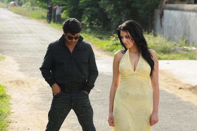 Samira avec Vijay Vinnai12