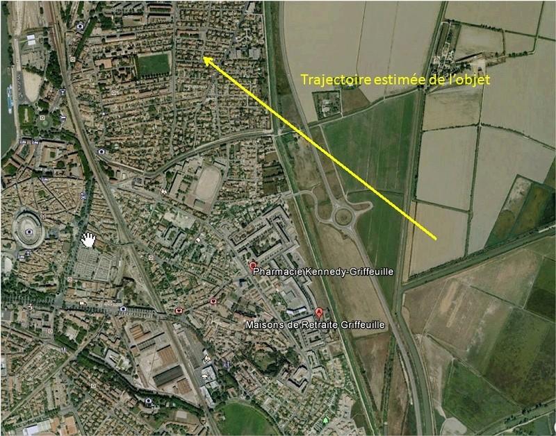 2016: le 27/07 à 0h53 - Ovni triangulaire volant -  Ovnis à Arles - Bouches-du-Rhône (dép.13) Grifeu10