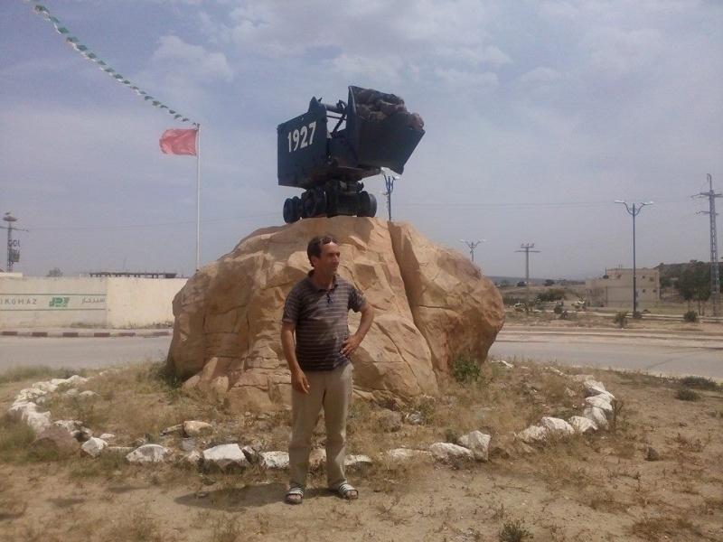 Hafit continue à sillonner les différentes localités de Tebessa avec son ami Mokhtar.(Juin 2016) 115